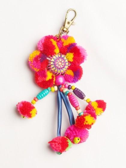 พวงกุญแจดอกไม้ ปอม ปอม งานแฮนด์เมด